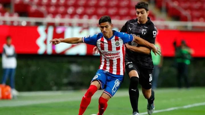 Carlos Antuna, John Medina in Chivas vs Monterrey