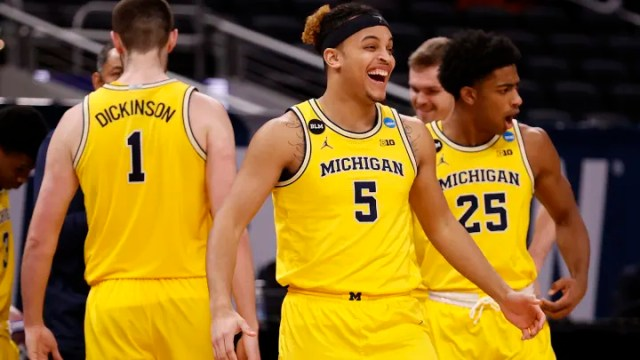 UCLA vs Michigan spread, line, odds, predictions and over/under for Elite 8 game on FanDuel Sportsbook.
