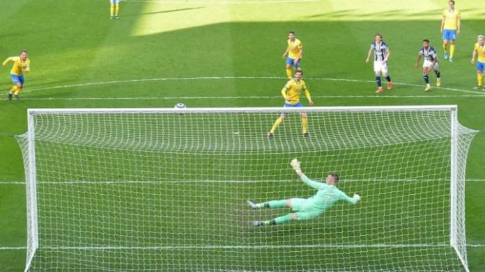 Ju e dini që keni probleme përpara portës kur edhe një gjerman - Pascal Gross në këtë rast - po mungon penalltitë