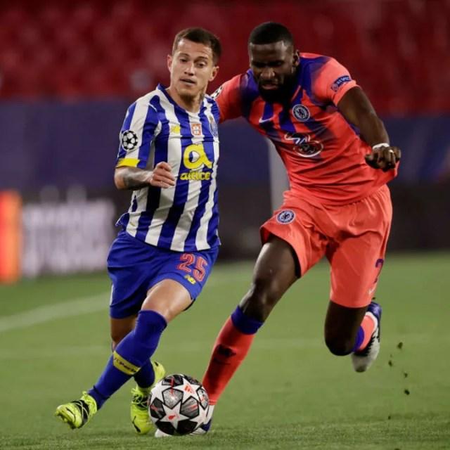 Antonio Rudiger looks to chase down Otavio