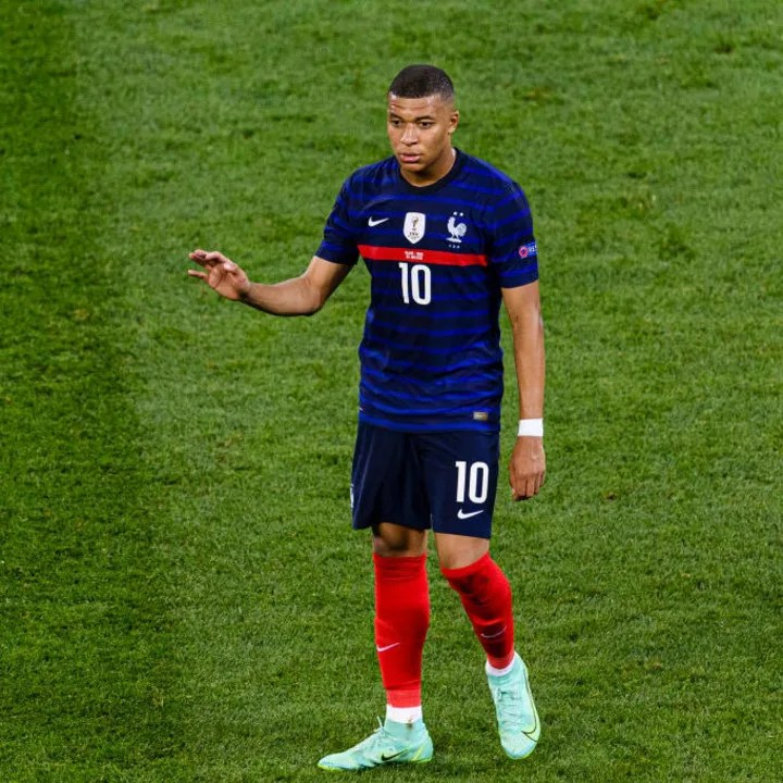 Kylian Mbappe intends to join Real
