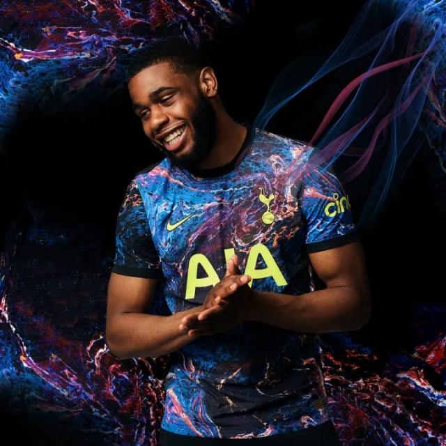 Japhet Tanganga models the new shirt