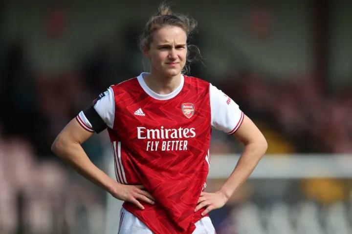 Lyon have eyes for prolific Arsenal striker Vivianne Miedema
