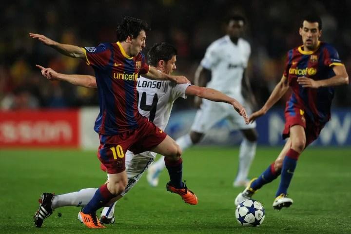 Lionel Messi, Xabi Alonso