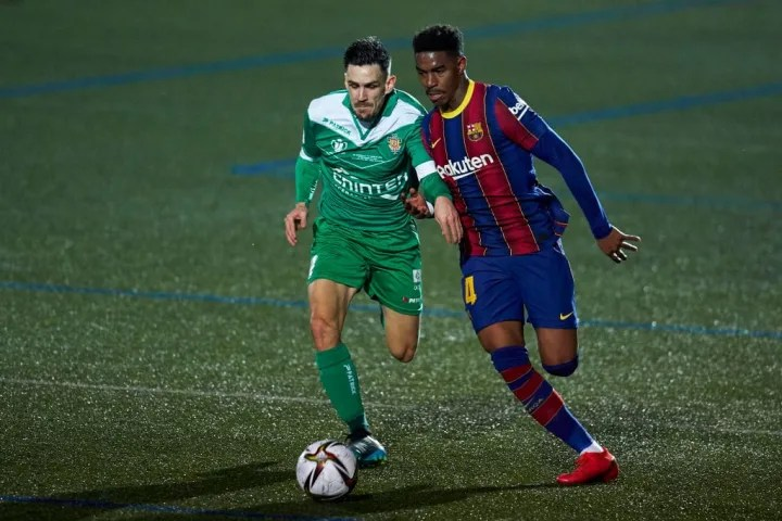 Ronald Araujo continues to look solid at the heart of Barcelona's defence