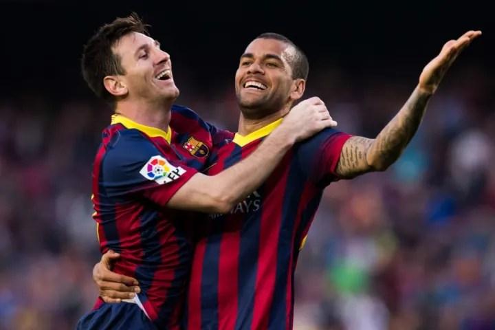 Daniel Alves, Lionel Messi