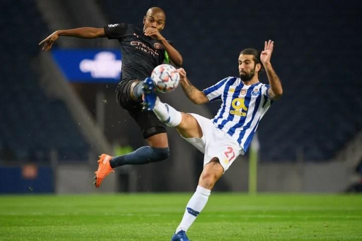 Fernandinho flies into a challenge