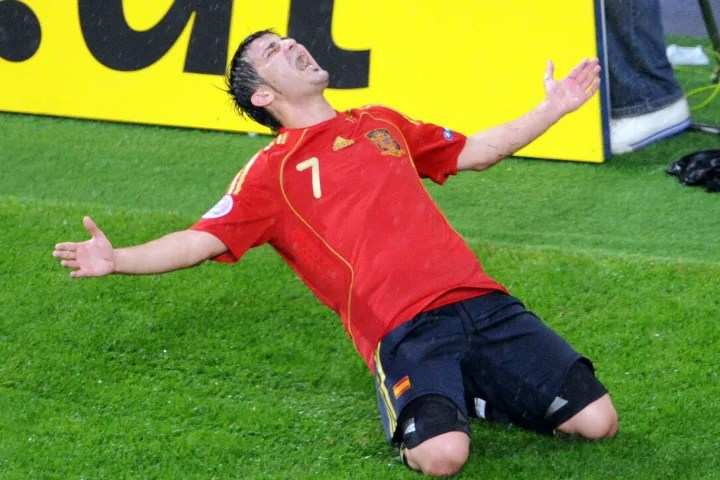 Spanish forward David Villa celebrates a