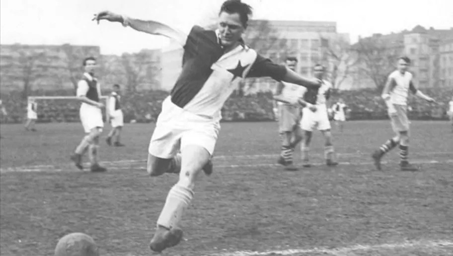 Josef Bican: The Forgotten Man in Football History - But the Greatest  Goalscorer of All Time | 90min