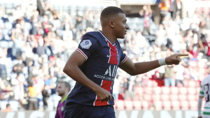 Kylian Mbappé rubishes news of leaving PSG