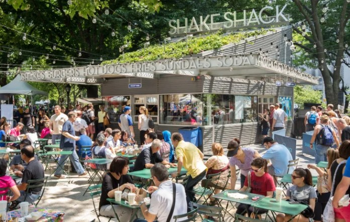 16 Grilled-to-Order Facts About Shake Shack | Mental Floss