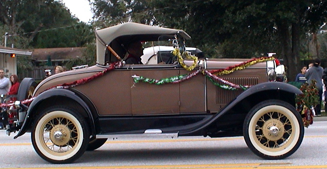 Antique car in the Apopka, FL Christmas parade