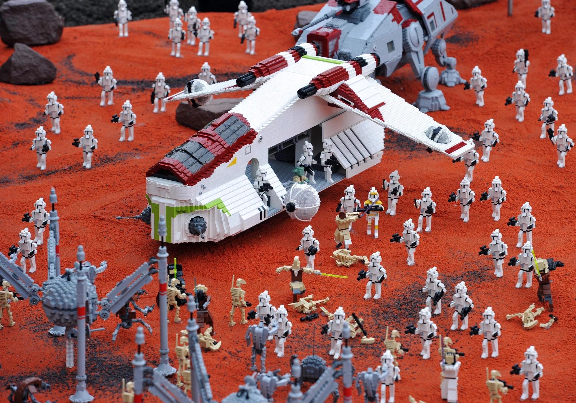 Geonosis Lego Star Wars Wiki Lego Star Wars Toys