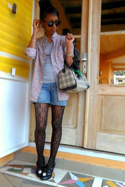 Red-j-brand-coat-black-xbx-shoes-baxter-shirt-rayban-round-sunglasses_400