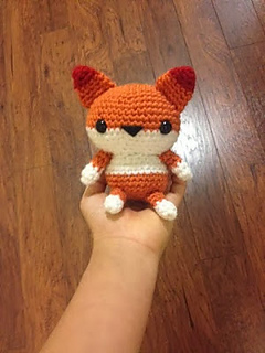 Cute little amigurumi fox free patten