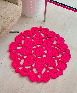 Pretty_in_pink_rug_red_heart_photo_small2