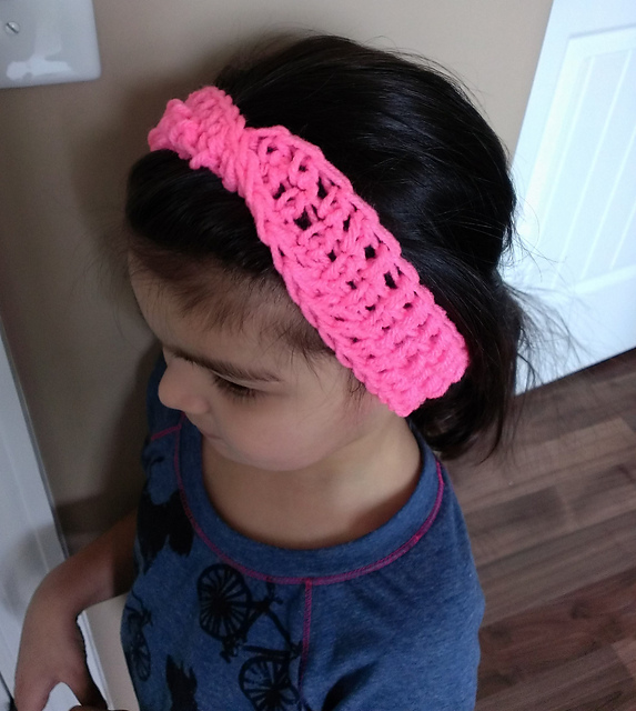 Child Xfinity Headband Crochet Pattern