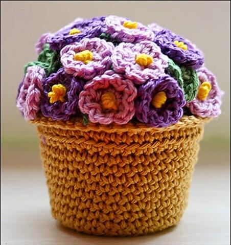 Haakpatroon potje met bloemetjes