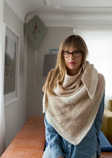 Compass Shawl af Shannon Cook