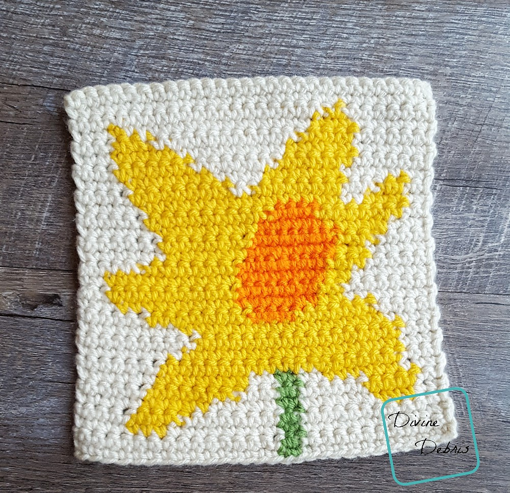 8″ Tapestry Daffodil Afghan Square