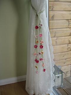 garden tie backs pattern by sandra paul