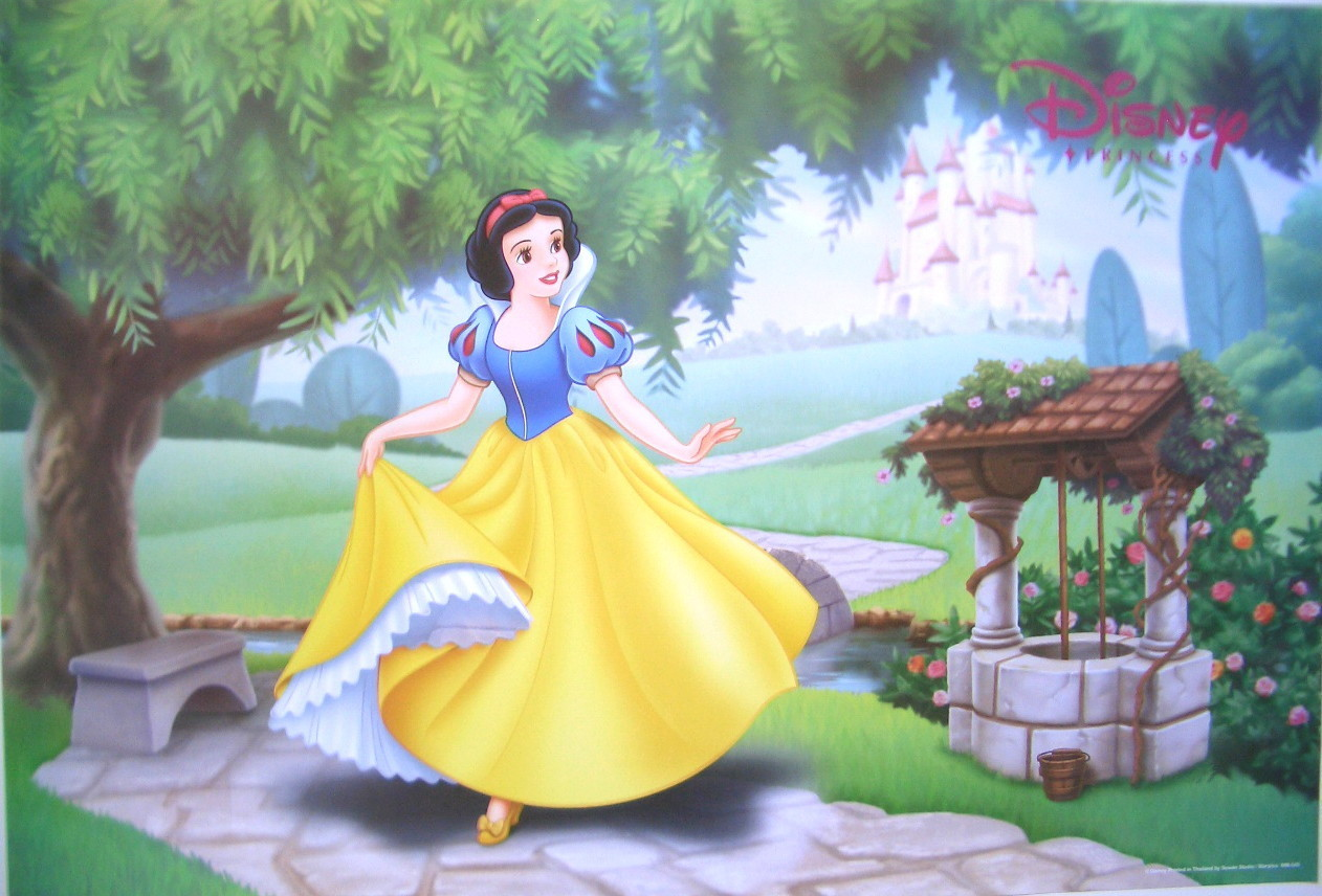 Snow white and the seven dwarfs disney princess mirror mirror on the wall who is the loveliest lady in the land amipublicfo Choice Image