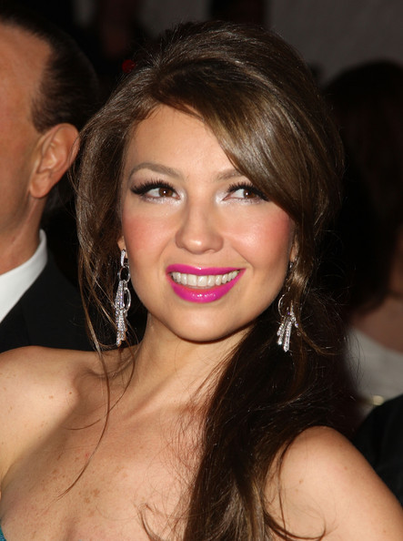 https://i1.wp.com/images4.fanpop.com/image/photos/20400000/The-Model-As-Muse-Embodying-Fashion-Costume-Institute-Gala-04-05-2009-thalia-20436568-443-594.jpg
