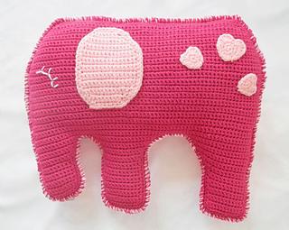 Crocheted elephant pillow pattern