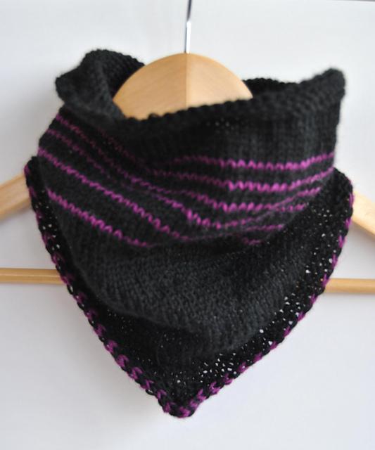 Défi 13 bandana cowl knitting pattern
