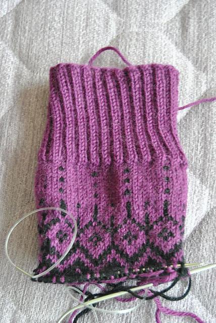 Fabel socks drop design tricoter chaussette noir violet