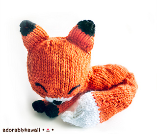Sleepy fox knit amigurumi