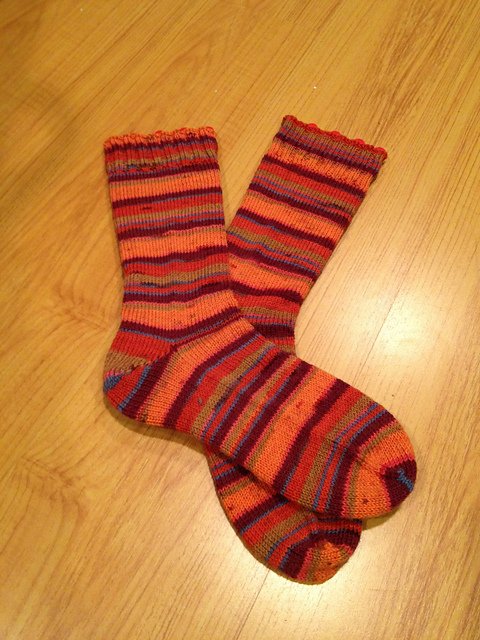 Plain vanilla socks - Red Heart Heart & Sole, Tequila Sunrise colorway