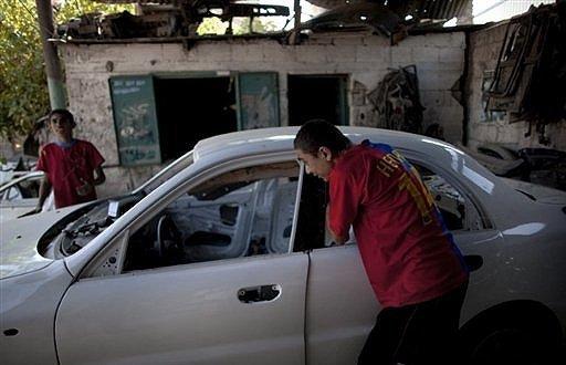 STARVING GAZANS prepping new car for market