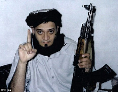 Al Qaeda-trained: Sohail Quresh, jailed for four-and-a-half year, is expected to be released from jail next month Read more: http://www.dailymail.co.uk/news/article-1212247/Set-free-20-convicted-Islamic-terrorists-let-jail-early-roam-British-streets