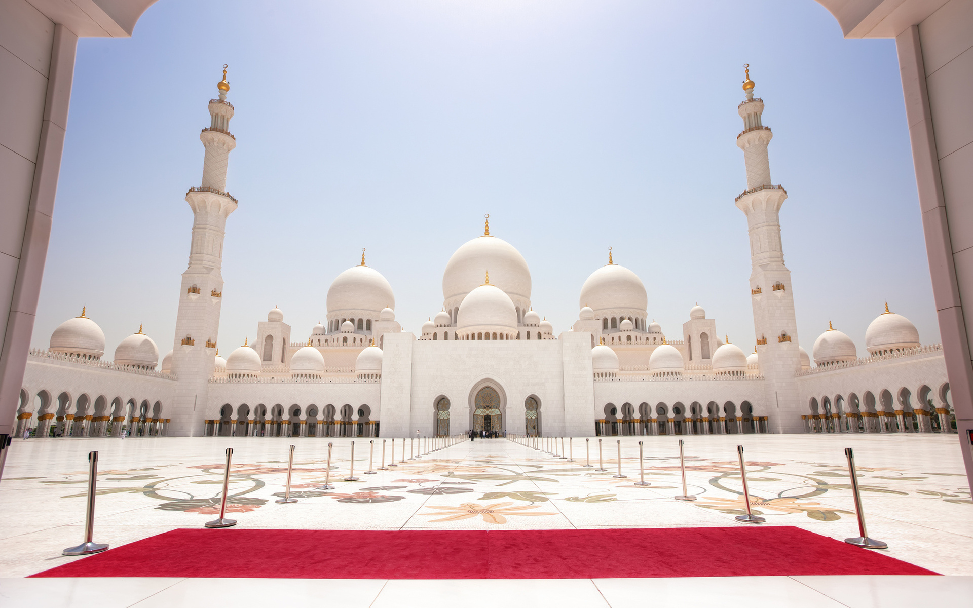 This way it's always there on your screen, and the right one can really push you to get moving. 72 Sheikh Zayed Grand Mosque HD Wallpapers | Background