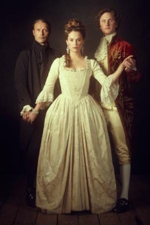 https://i1.wp.com/images6.fanpop.com/image/photos/33200000/A-Royal-Affair-a-royal-affair-33270471-299-448.jpg