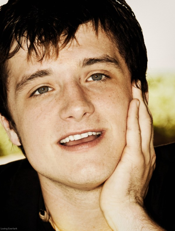 Josh - Josh Hutcherson Photo (33426440) - Fanpop