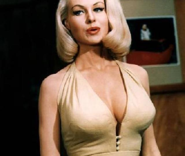 Beroemdheden Who Died Young Achtergrond Entitled Joi Lansing April 6