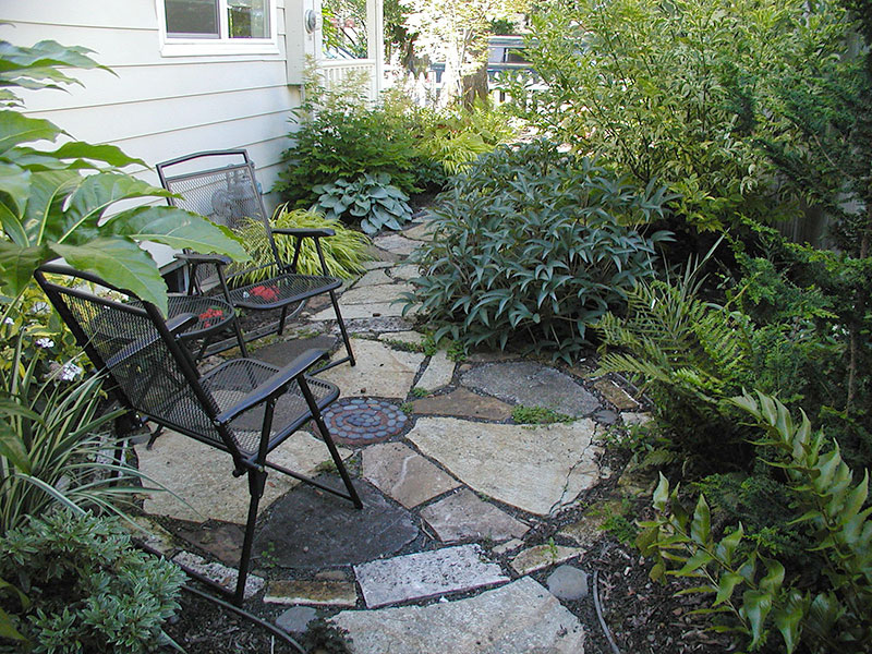 Well Thought Outside Yard Designs: A Way To Achieve Great ... on Side Yard Designs  id=98833