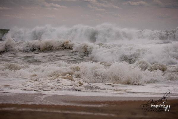 waves, shore break, turmoil