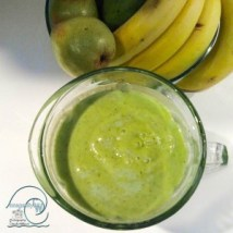 green, smoothie, mint, avocado, pear, kiwi