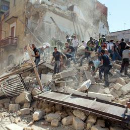 Napolitano sulla tragedia di Barletta: «Inaccettabile ripetersi di sciagure dove si vive e lavora»