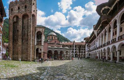 Photo: wikipedia - Rila Monastery / Хрельова кула