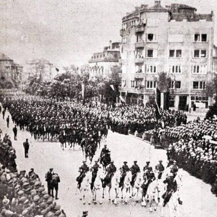 Кавалеристи на парад / Cavalrymen on parade