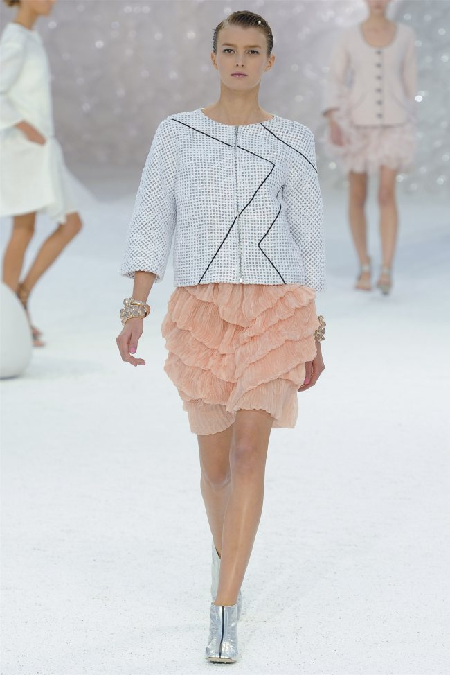 chanel18 Chanel Spring 2012 | Paris Fashion Week