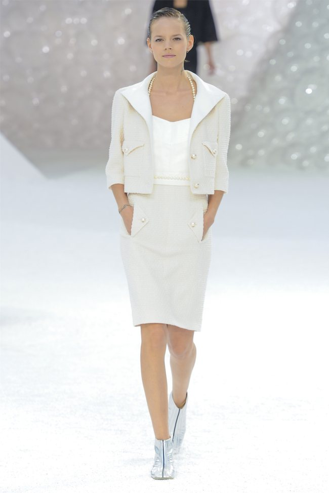 chanel2 Chanel Spring 2012 | Paris Fashion Week