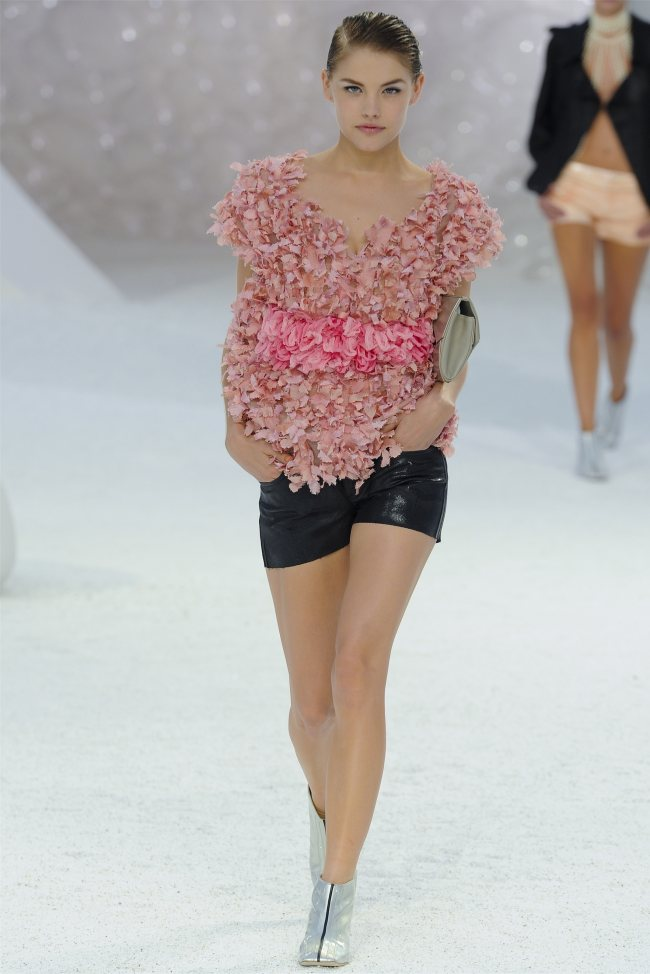 chanel21 Chanel Spring 2012 | Paris Fashion Week