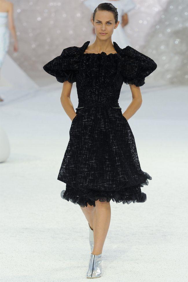 chanel81 Chanel Spring 2012   Paris Fashion Week