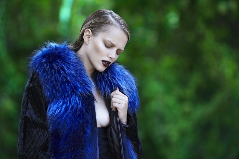 zosia8 Zosia Nowak Sports Strict and Sensual Style for Elle Greece November 2012 by DImitris Skoulos