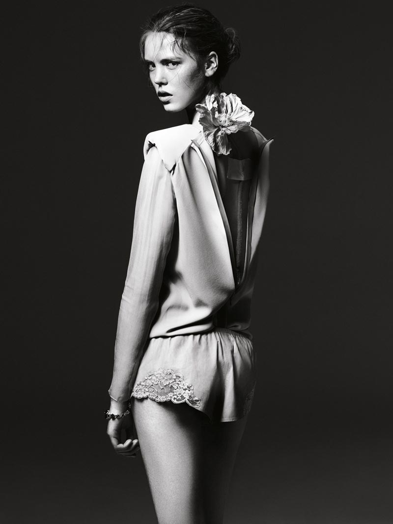 the room11 Liu Wen, Anais Pouliot, Querelle Jansen & Others Keep it Natural for The Room S/S 2012